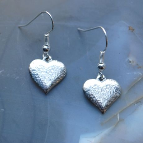 Textured heart earrings E71